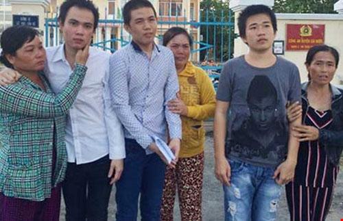 niem-vui-don-tet-cua-nhung-nguoi-duoc-minh-oan-nam-2016-2