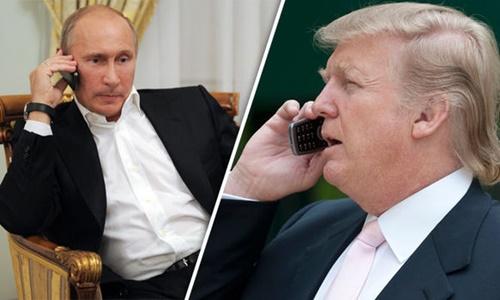 Tổng thống Nga Putin và Tổng thống Mỹ Trump. Ảnh: Daily Express