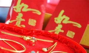 Khi ly hôn, con dâu bị mẹ chồng đòi lại vàng tặng quà cưới