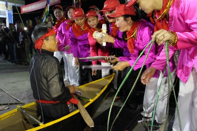 Lễ cầu ngư của làng chài bên phá Tam Giang
