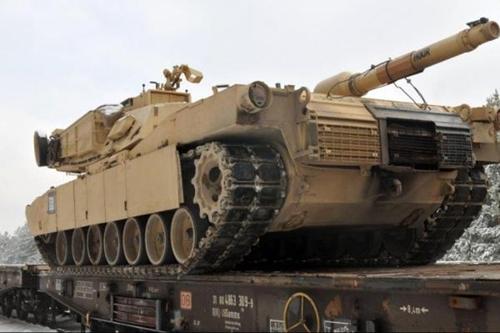 4 xe tăng Mỹ M1A2 Abrams được đưa tới Estonia ngày 6/2. Ảnh: US Army Europe