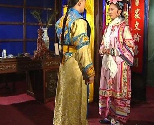 nhung-loi-hai-huoc-trong-phim-hoan-chau-cach-cach-1997-5