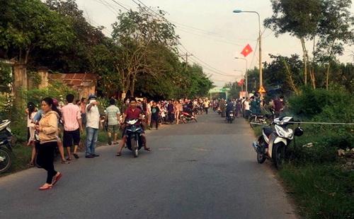 Hiện trường phát hiện thi thể nạn nhân bên đường gây rúng động dư luận địa phương đầu năm mới. Ảnh: Thái Hà