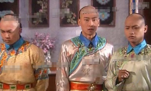 nhung-loi-hai-huoc-trong-phim-hoan-chau-cach-cach-1997-3