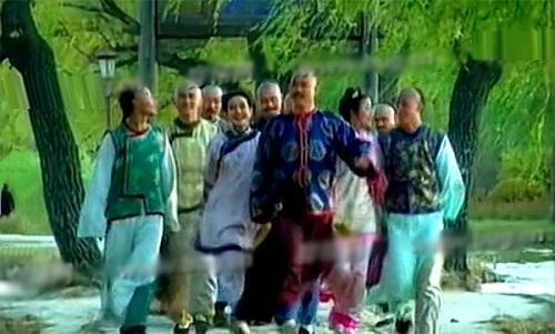 nhung-loi-hai-huoc-trong-phim-hoan-chau-cach-cach-1997-8