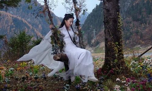 nhung-loi-hai-huoc-trong-phim-co-trang-hoa-ngu