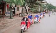 Cặp đôi dùng 7 xe máy điện trong lễ ăn hỏi ở Yên Bái