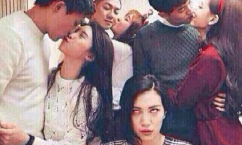 Khi cả hội bạn cùng đi chơi Valentine.