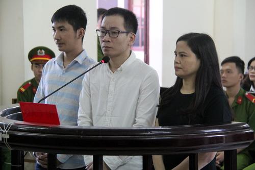 Bà Lan cùng Thịnh nhận cùng mức án 12 năm tù về tội giết người chưa đạt. Ảnh: Hoàng Trường