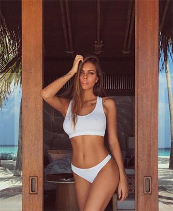 Odintsova thường xuyên khoe hình thể nóng bỏng của mình trên mạng xã hội. Ảnh: Instagram