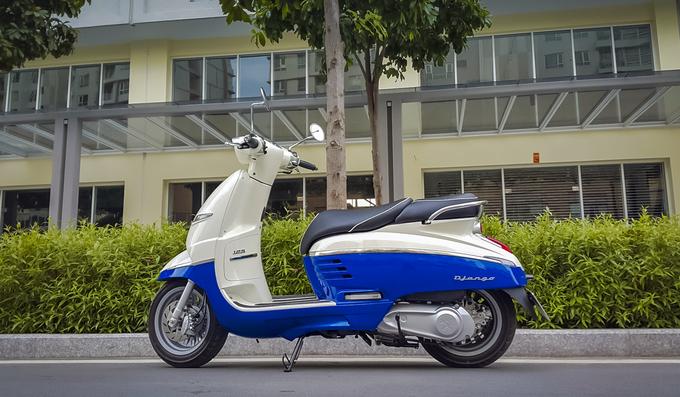 Xe tay ga hoài cổ Django 125 ở Việt Nam