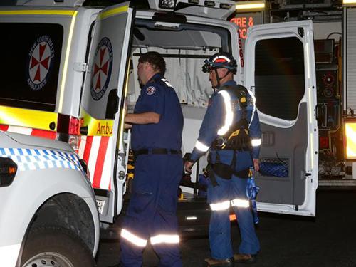 Lực lượng cảnh sát và cứu hộ tại hiện trường vụ việc. Ảnh:Bill Hearne