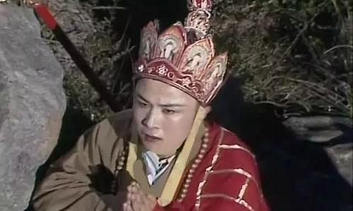 nhung-loi-hai-huoc-trong-phim-tay-du-ky-1986