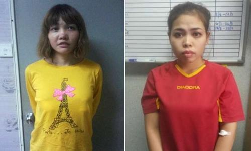 Nghi phạm mang hộ chiếu Việt Nam tên Đoàn Thị Hương (trái) và nghi phạm Siti Aisyah, công dân Indonesia. Ảnh: Reuters.