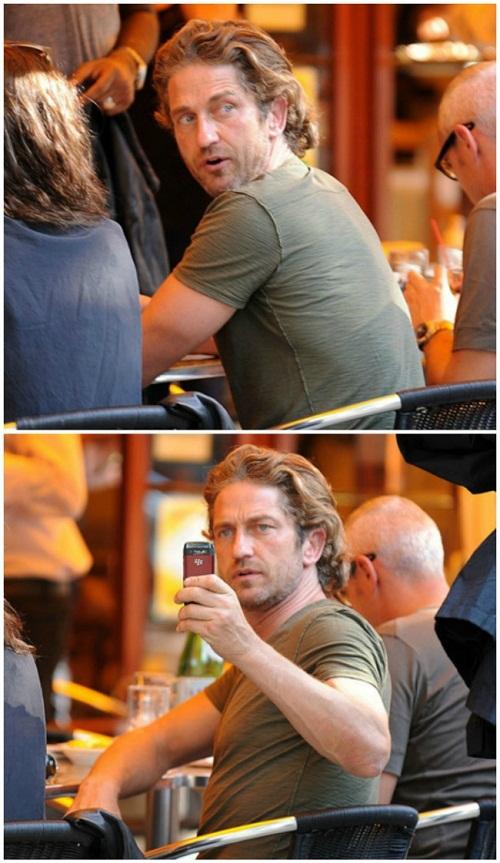 Phát hiện bị chụp ảnh lén, tài tử người Scotland Gerard Butler quyết định chụp lại paparazzi.
