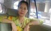 Việt Hương khoe ảnh đeo vàng đầy tay gây bão mạng