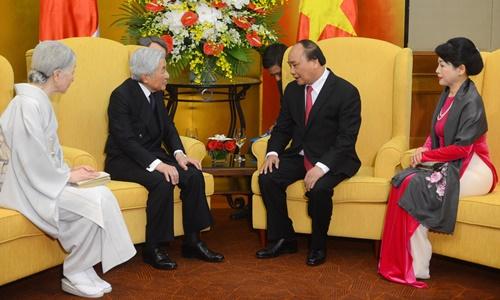 Thủ tướng Nguyễn Xuân Phúc và phu nhân hội kiến Nhà vua và Hoàng hậu Nhật Bản. Ảnh: Giang Huy