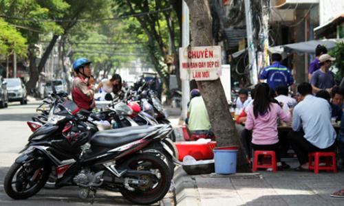 cha-me-ong-doan-ngoc-hai-tung-20-nam-buon-ban-via-he-nong-tren-mang-xh-5