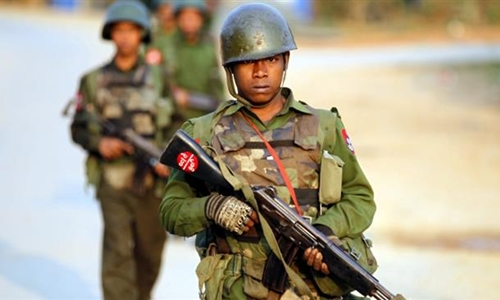 Binh sĩ Myanmar trong một đợt tuần tra ở vùng Kokang. Ảnh: Press TV.