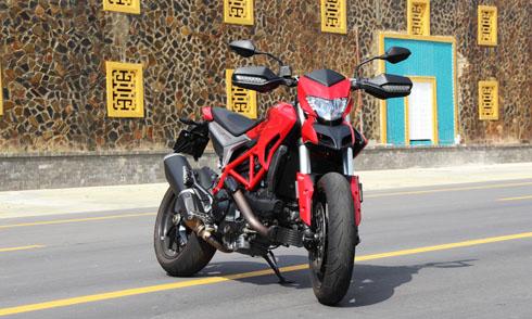 xe-phuot-da-nang-ducati-hypermotard-939