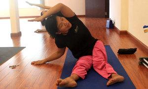 Lớp yoga miễn phí cho người khuyết tật