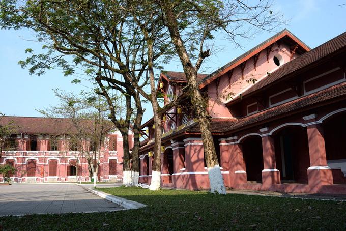 Ngôi trường nữ sinh đầu tiên ở miền Trung tròn 100 tuổi