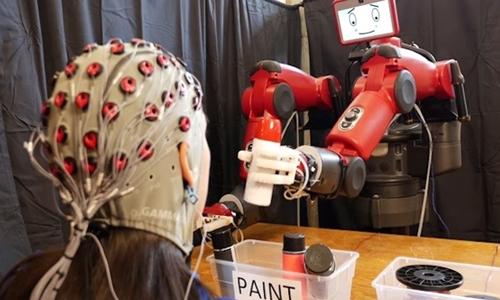 my-che-tao-robot-co-the-dieu-khien-bang-nao-nguoi