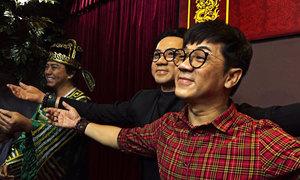 Dàn nghệ sĩ Việt trầm trồ chân dung sáp như người thật
