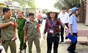 Nữ chủ tịch phường ở Sài Gòn xuống đường dẹp vỉa hè