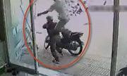 Những tên trộm xe máy bị rượt đánh thừa sống thiếu chết