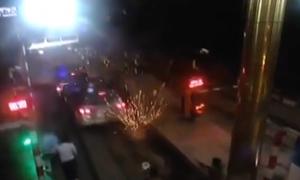 Công an xả đạn bắn lốp xe, bắt nghi phạm ma tuý