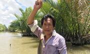 Giăng hàng trăm lưỡi câu bắt cá ngát ở miền Tây