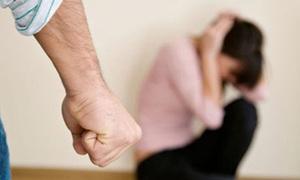 Con dâu muốn giúp mẹ chồng thoát 'bể khổ' bị bạo hành