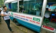 Quán bún chả Hà Nội trong xe khách bị phạt tiền, di dời