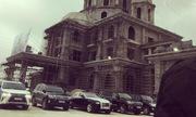 Đại gia Ninh Bình tổ chức đám cưới tại cung điện xây dở gây sốt mạng xã hội