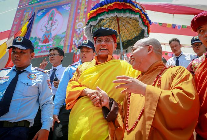 Đức Gyalwang Drukpa cầu quốc thái dân an tại TP HCM