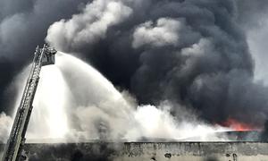 Hỏa hoạn 5 ngày, công ty may Cần Thơ thiệt hại 13 triệu USD