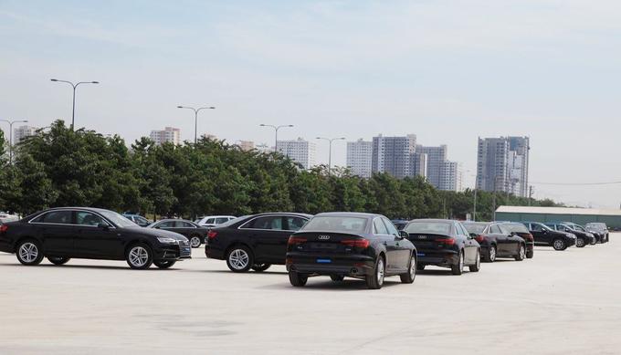 Hàng trăm xe Audi đổ bộ TP HCM