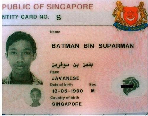 Chàng trai thừa hưởng sức mạnh của của Batman và Superman.