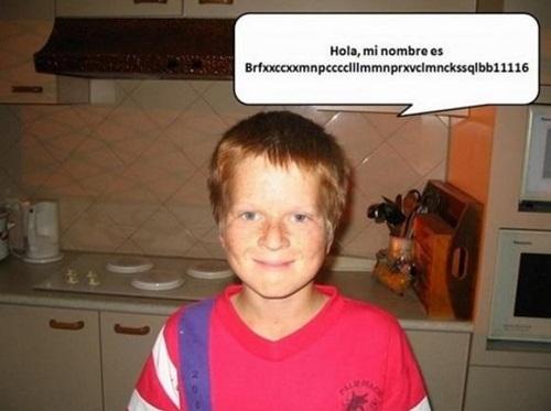 Cậu bé người Thụy Điển này có tên làBrfxxccxxmnpcccclllmmnprxvclmnckssqlbb11116, dài 43 chữ cái và không thể phát âm.