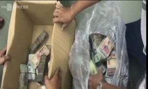 Cảnh sát thu 3 tỷ trong thùng giấy của trùm ma túy Sài Gòn