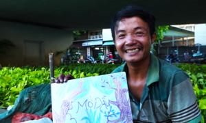 Khát khao vẽ tranh của nam thanh niên mất giấy tờ ở Sài Gòn