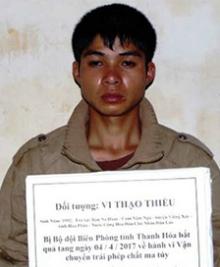 thanh-nien-lao-dua-5kg-thuoc-phien-vuot-bien-vao-viet-nam