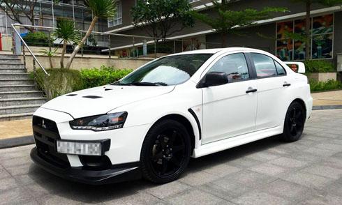 mitsubishi-lancer-evo-sedan-the-thao-hang-hiem-tai-viet-nam