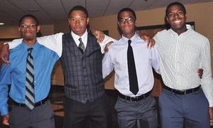 4 anh em sinh tư người Mỹ trúng tuyển Harvard, Yale và Duke