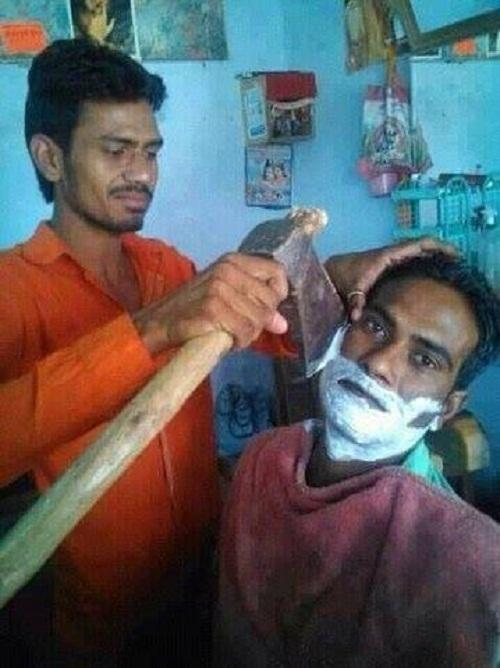Cạo râu phong cách trai Ấn.