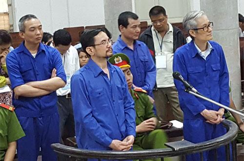 tong-giam-doc-chiem-doat-860-ty-dong-cua-ngan-hang-doanh-nghiep