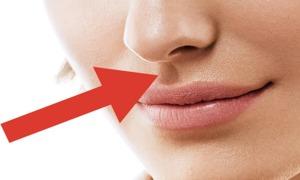 Đường nhân trung dưới mũi có công dụng gì?