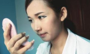 Sinh viên Trung Quốc chen nhau phẫu thuật thẩm mỹ để tìm việc