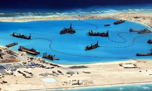 Ba năm Trung Quốc ồ ạt đào đắp phá hủy Biển Đông. Bấm vào hình để xem chi tiết. Đồ họa: Next Media